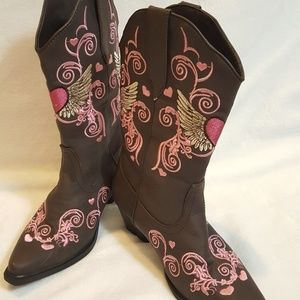 Roper girl size 2 Heart & Wings Cowgirl Boots